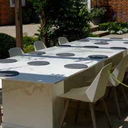 Large outdoor Neolith Table